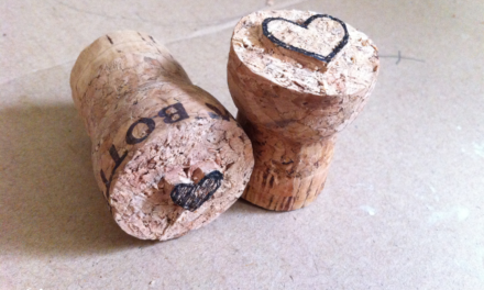 Carving cork stamps DIY