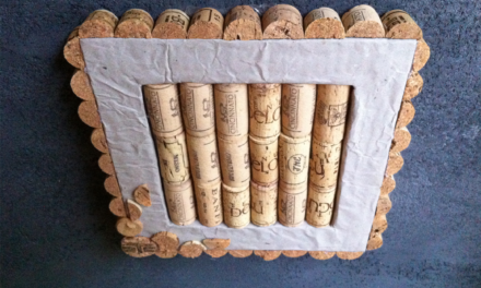 DIY Wine Cork Memo Board