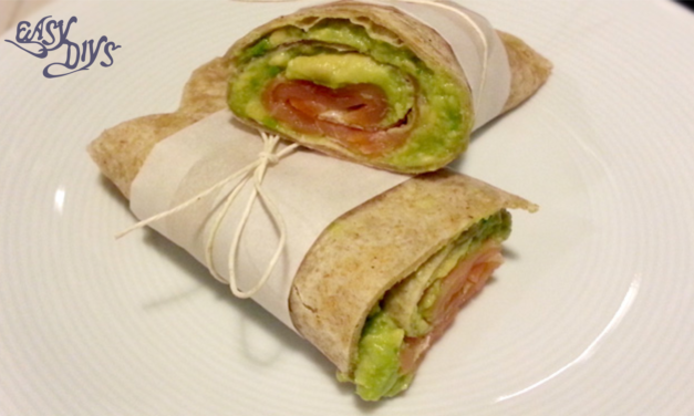 Piadina rolls with salmon and avocado