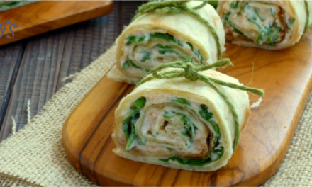 Piadina rolls with salmon and arugula