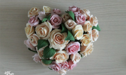 DIY heart-shaped roses arrangement