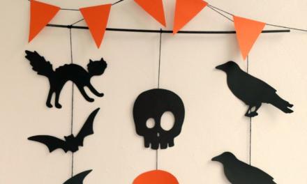Easy DIY Halloween Garland