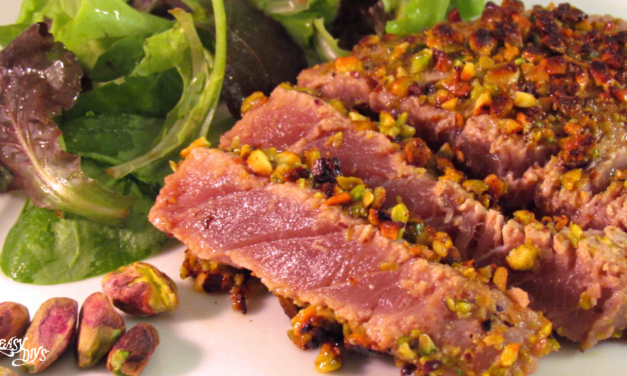 Seared tuna with pistachio crust