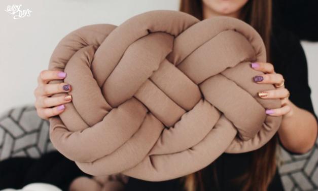 DIY Celtic Knot Pillow