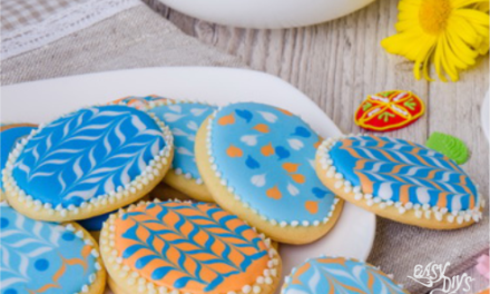 Iced Easter Biscuits Recipe